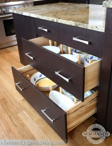 kitchen island storage ideas created by Normandy Designer Leslie Molloy