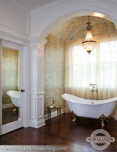 free standing bathtub in nook