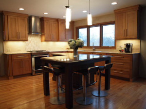 "Shaker Style Kitchen with ""L"" Shaped Island"