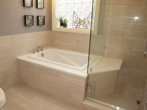 bathtub with integrated shower bench