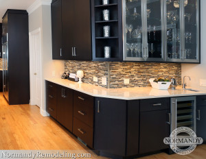 Adding a Wet Bar into Your Home Renovation