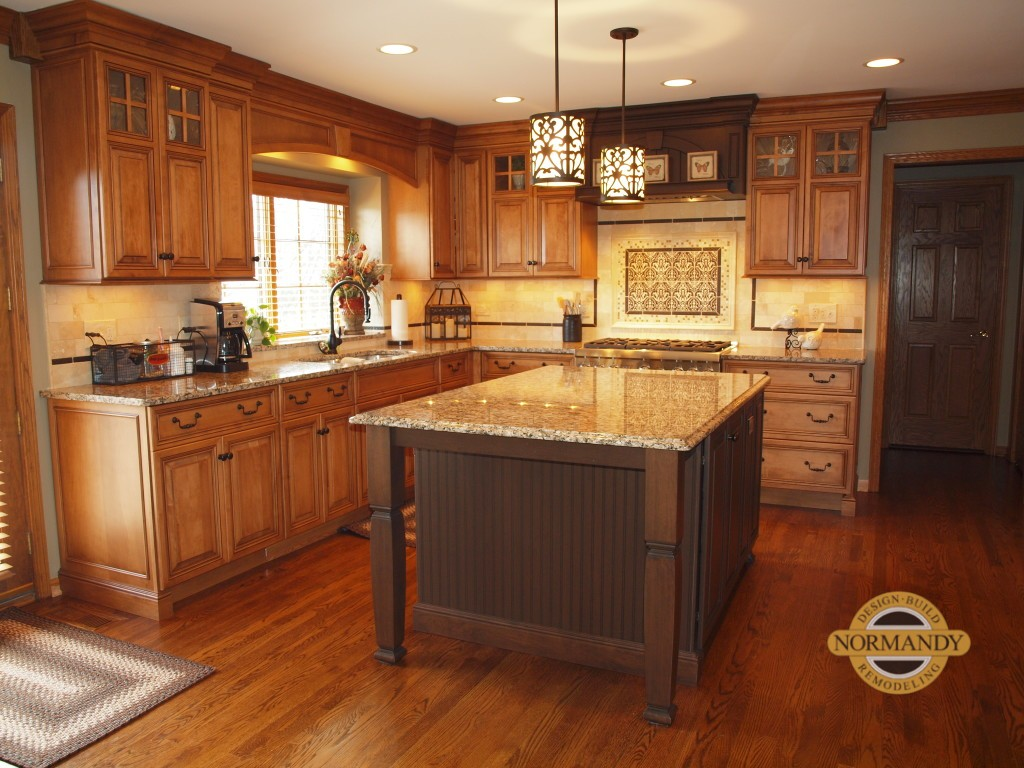 Kitchen with medium toned maple cabinetry