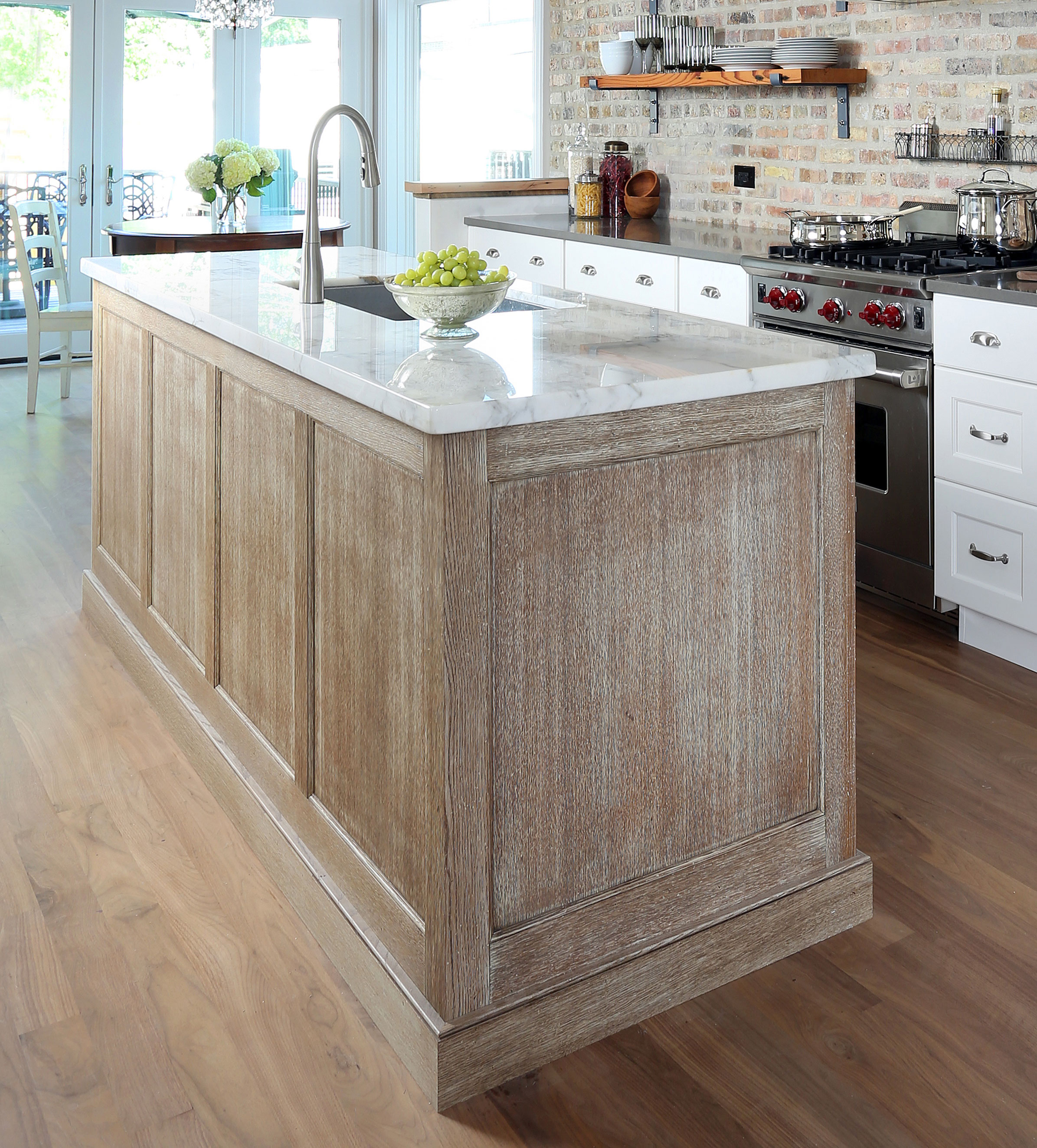 Design Definitions Plain Sawn Quarter Sawn And Rift Sawn Normandy Remodeling