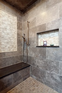 Enhancing Shower Niches with Decorative Tile