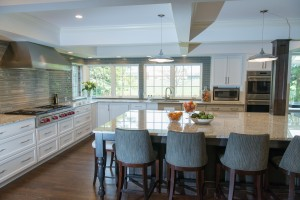 Balancing Natural Light and Storage in Your Kitchen Remodel