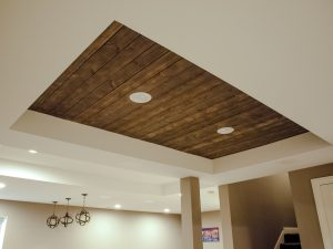 wood tray ceiling and can lights